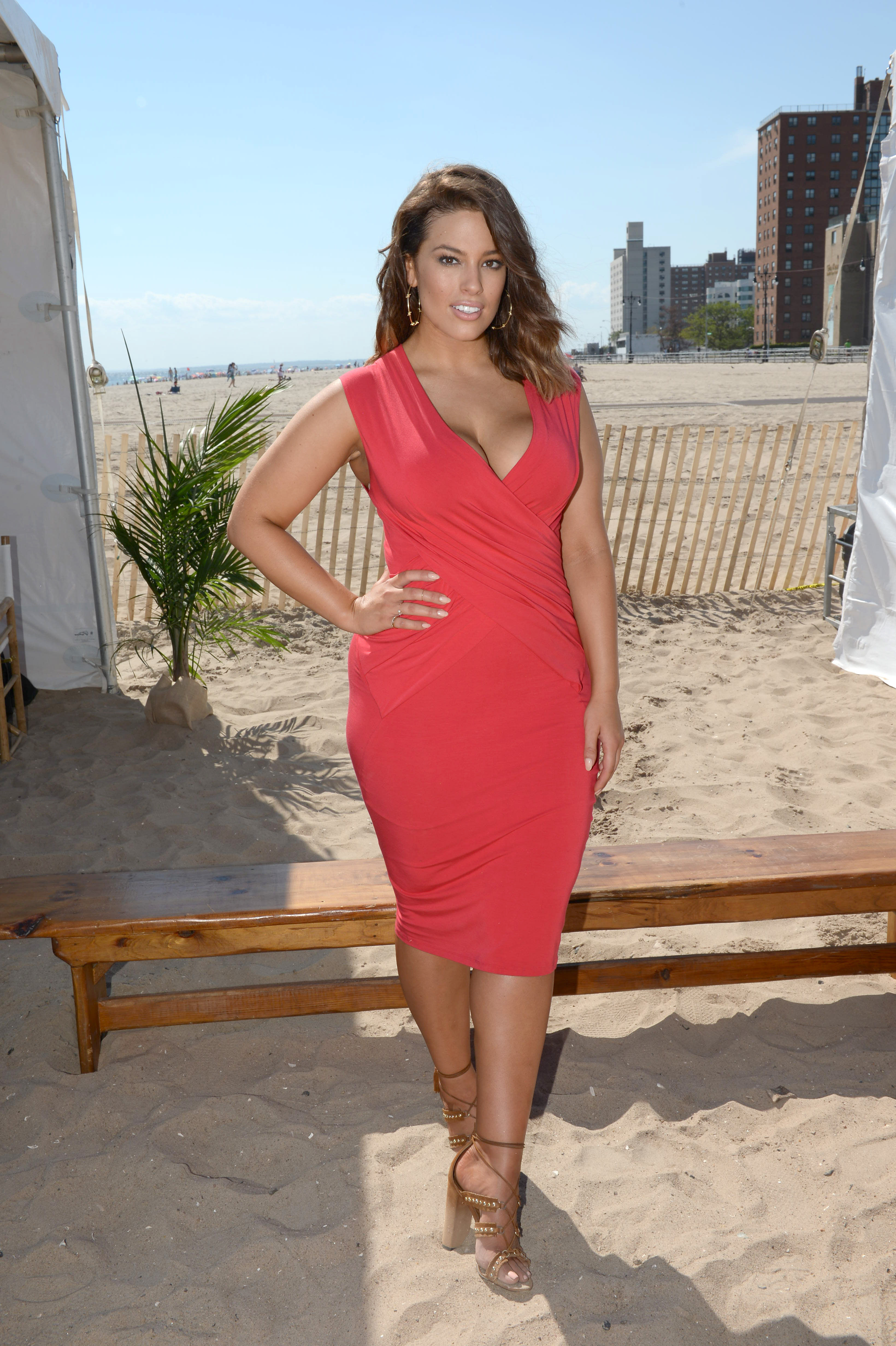 The Fitness Clothing Brands Ashley Graham Swears By