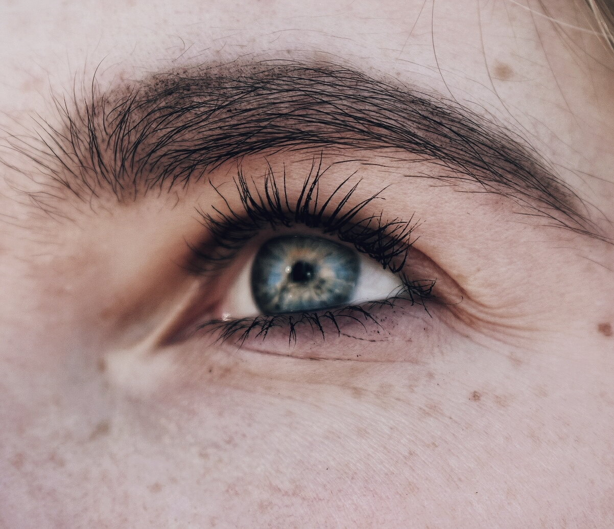 The Best Eyelash Growth Serums