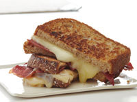 grilled-cheese-bacon