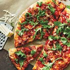 bacon-tomato-arugula-pizza