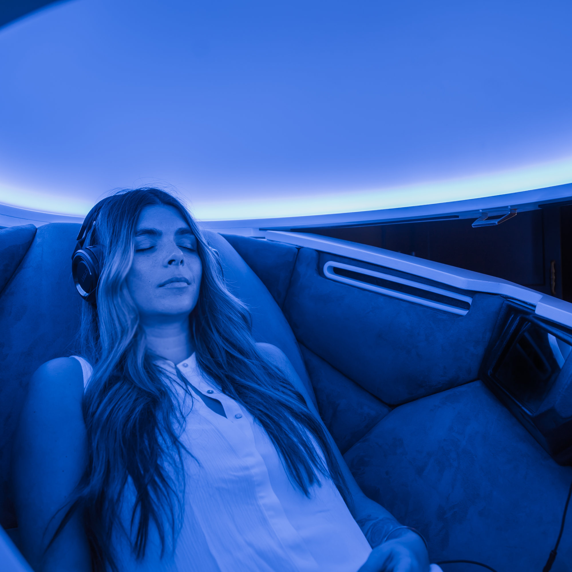 I Started My Morning Meditating In a Pod And It Was Awesome