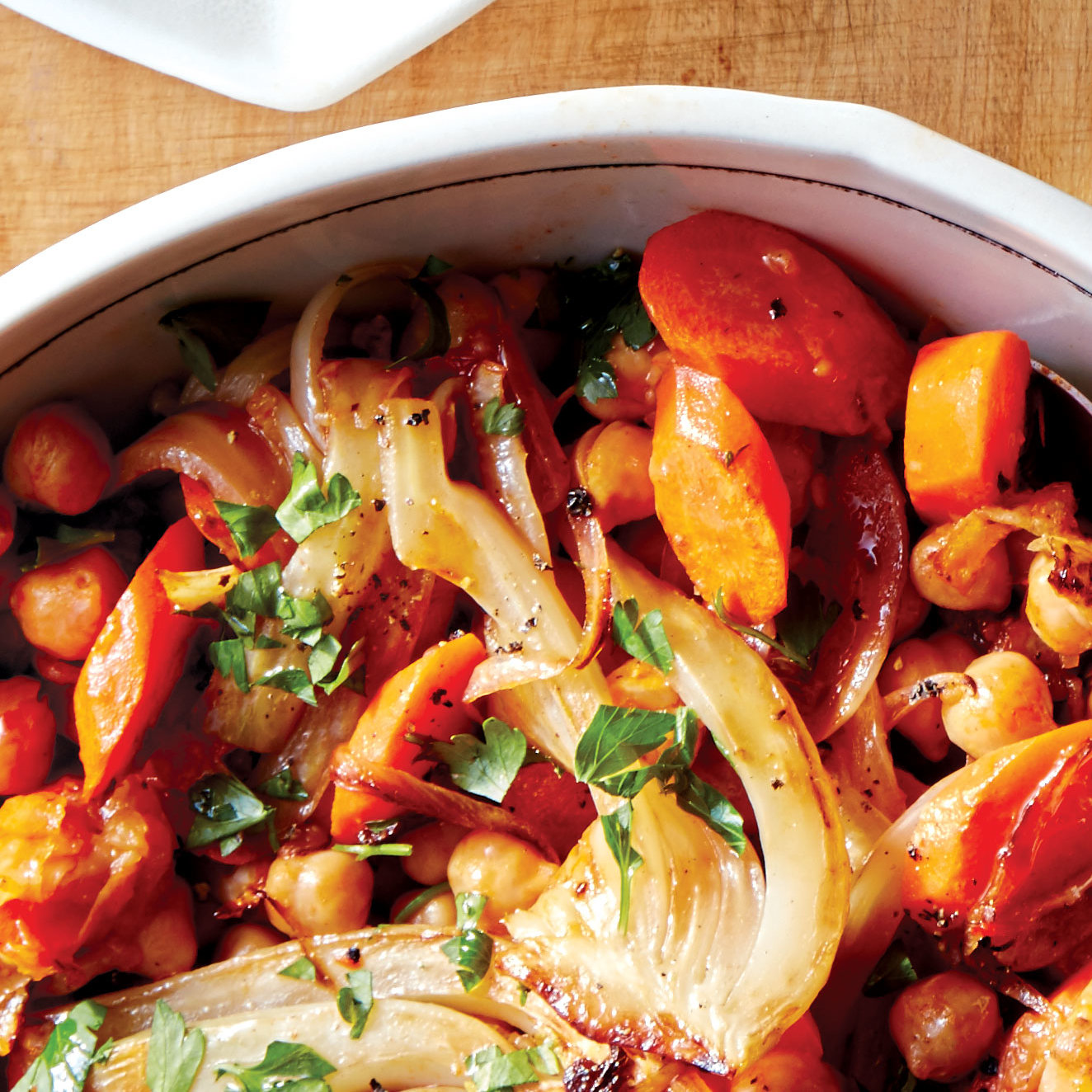 Spicy Braised Carrots, Fennel and Chickpeas