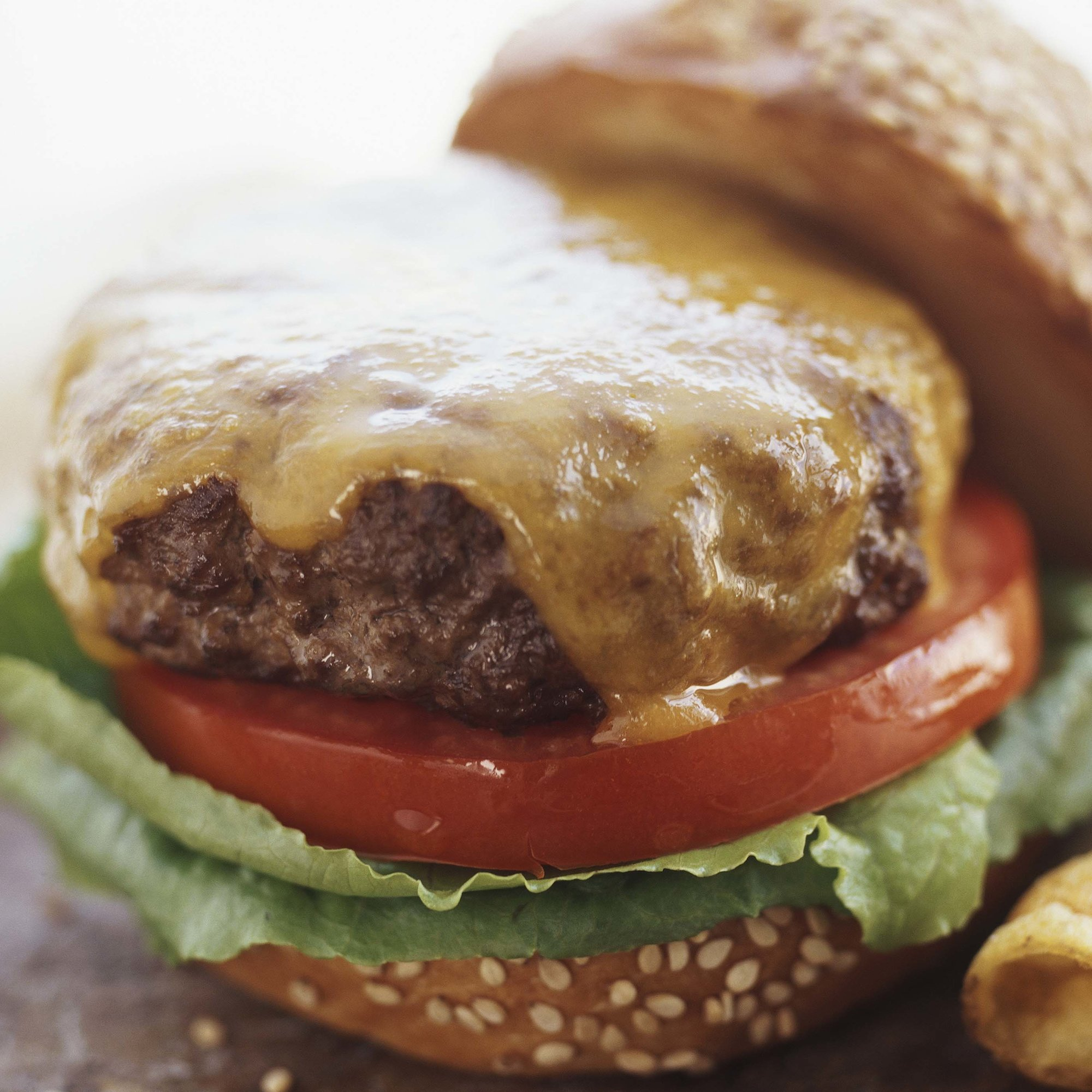 Eating Too Many Burgers Could Make a Breast Cancer Diagnosis More Dangerous