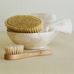 bath-brush-detox