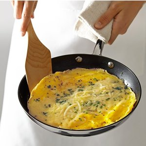 williams-sonoma-omelette-pan