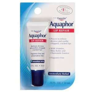 aquaphor-lip-repair