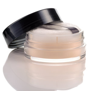 translucent-powder-makeup