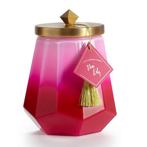 ilume-thai-lily-candle
