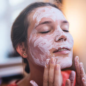 beauty-face-mask-travel