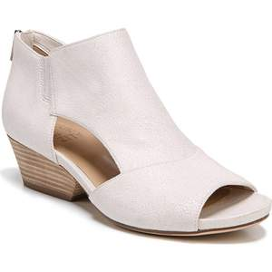 best-comfortable-spring-shoes-naturalizer
