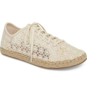 wedding-sneaker-toms