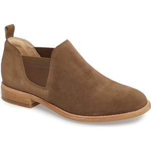 nordstrom-anniversary-sale-shoes-clarks-booties