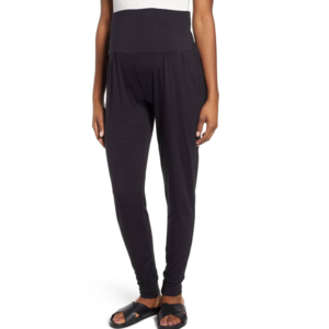 best-maternity-workout-clothes-tapered-pants