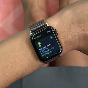 apple-watch-series-4-amy