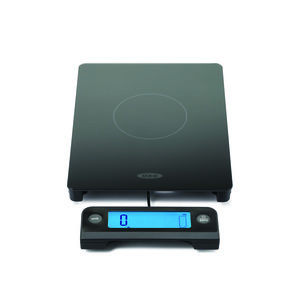 food scale with pullout display