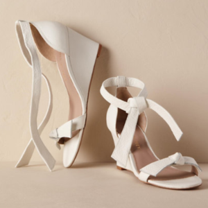 28fadcae5a9 11 Comfort Wedding Shoes You Can Actually Dance In - Bridal Shoes