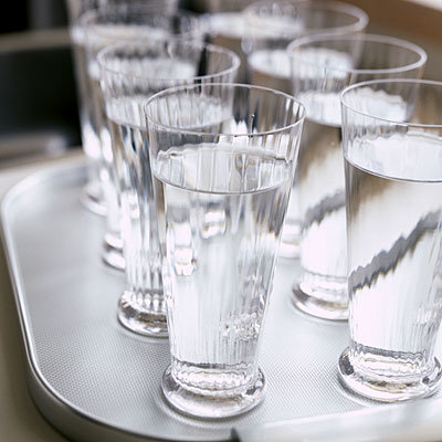 glasses-of-water-tray