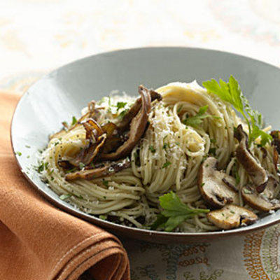 whole wheat pasta with mushrooms hearty whole wheat pasta and a ...