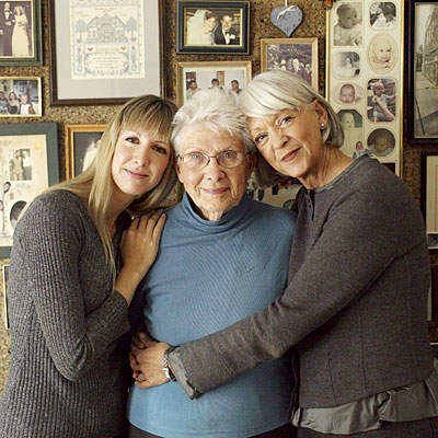 women-family-history-cancer