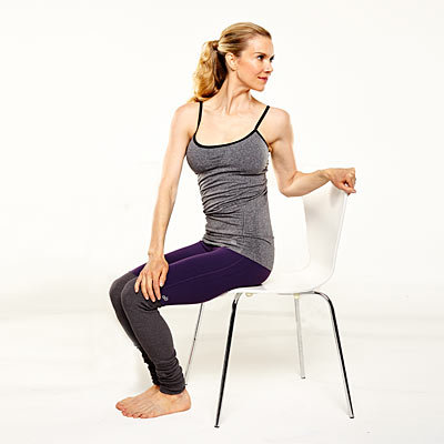 yoga-desk-twist