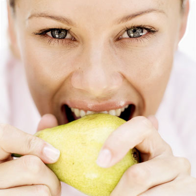eating-pear-beauty-products