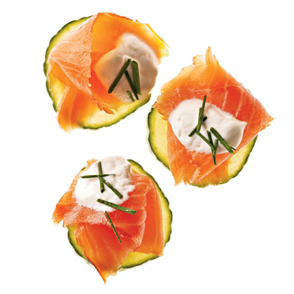 salmon-canapes-horseradish-cream