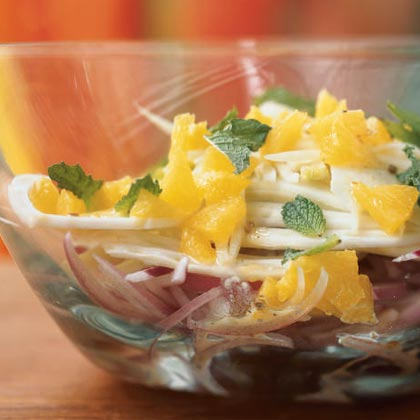 Spanish Salad of Oranges, Fennel, Red Onion, and Mint with Dressing