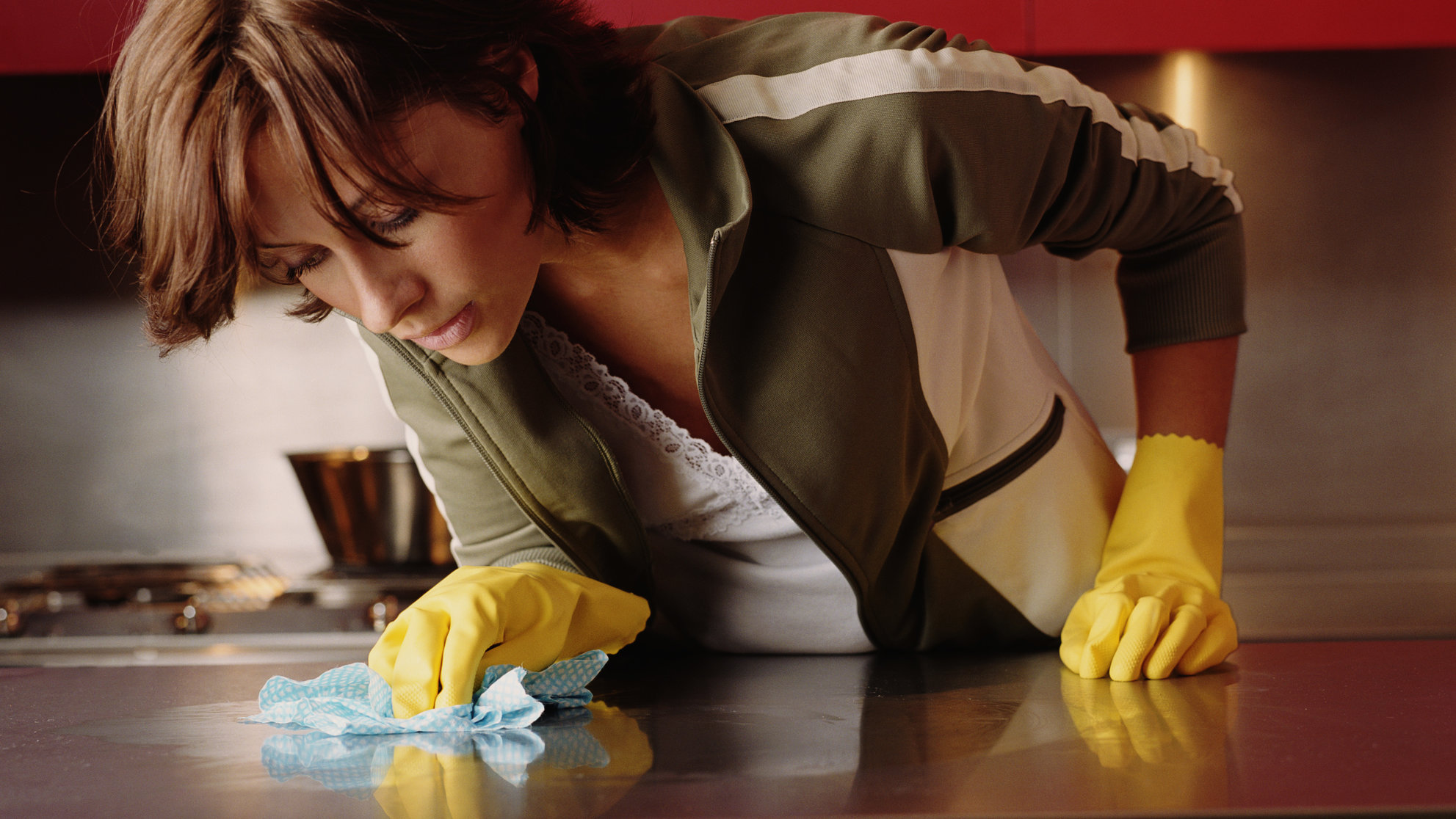 Antibacterial Chemicals Common in Indoor Dust Are Linked to Antibiotic Resistance