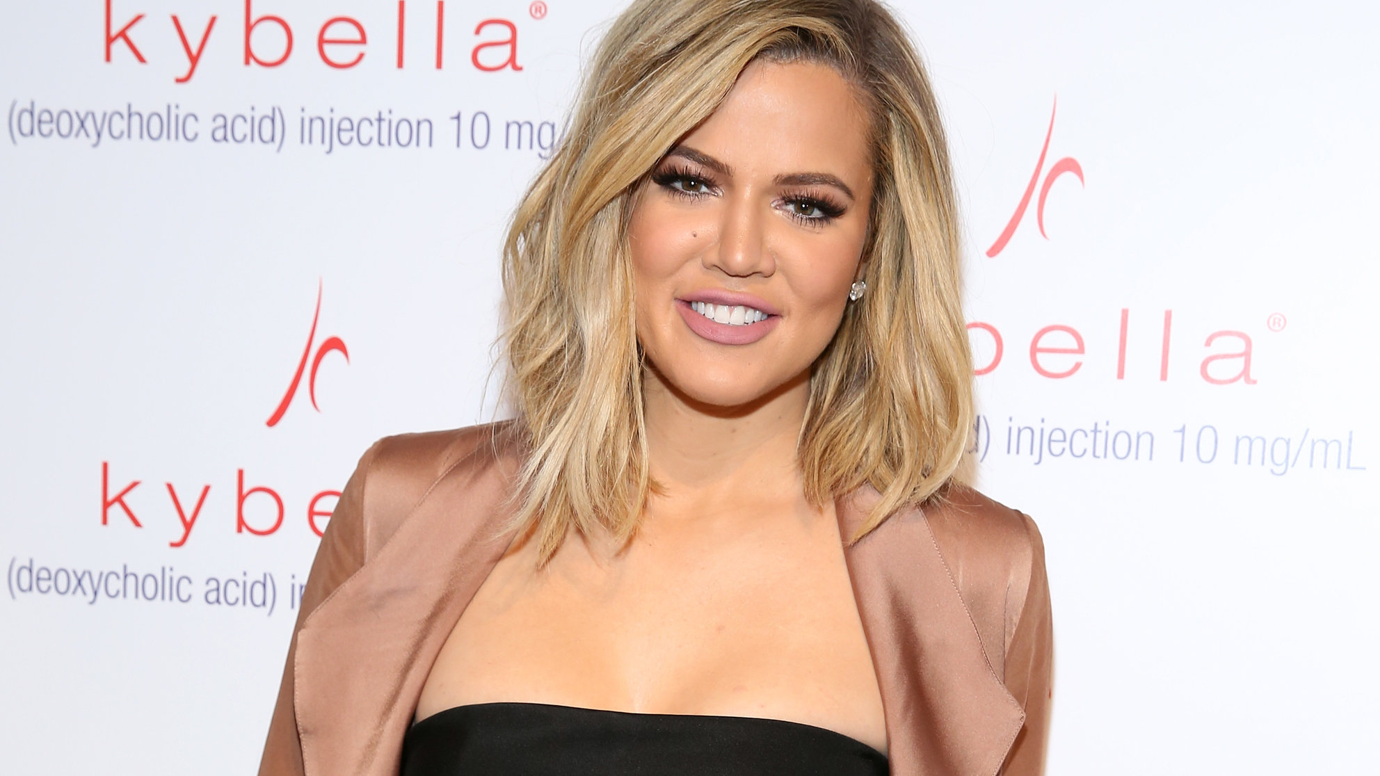 Khloé Kardashian Shares Her Daily Workout Routine on Snapchat