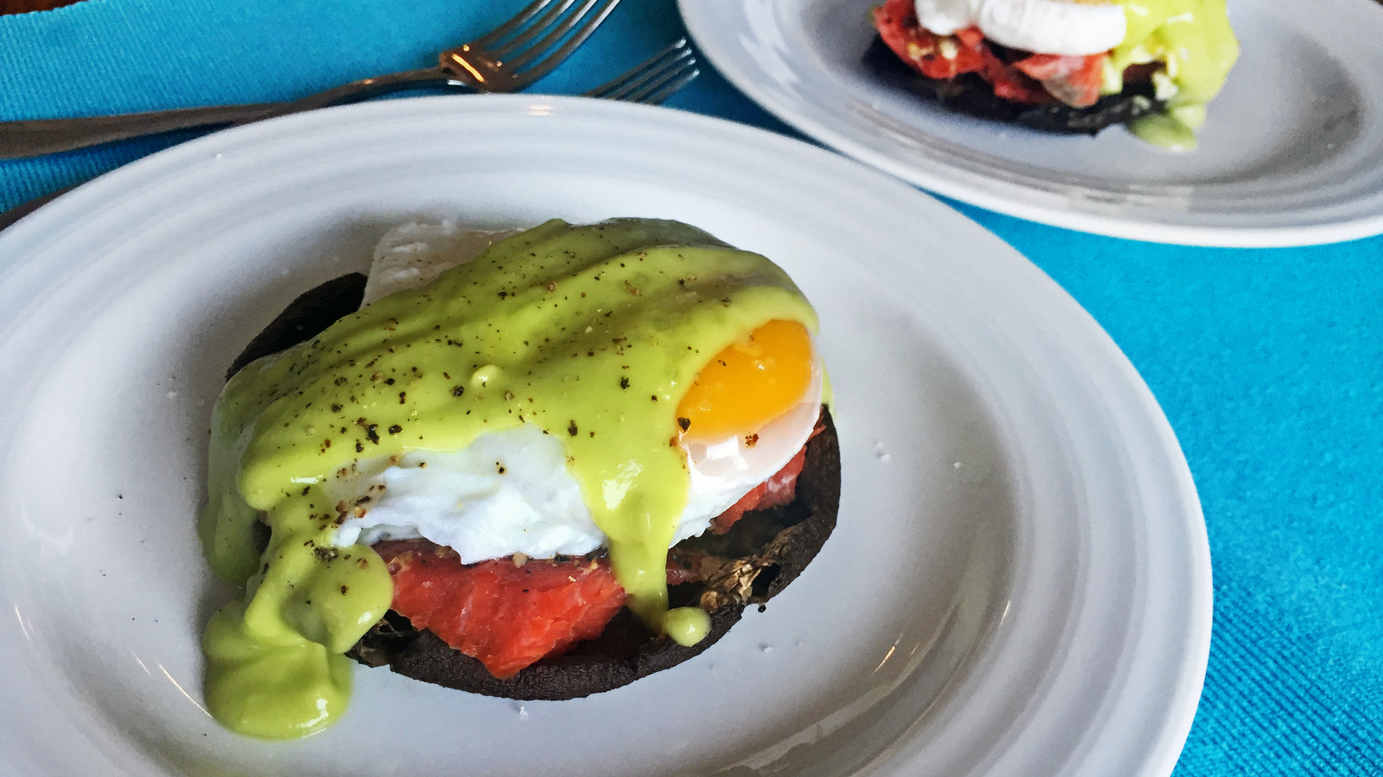 This Healthy Eggs Benedict Recipe Calls for Smoked Salmon and Avocado Sauce