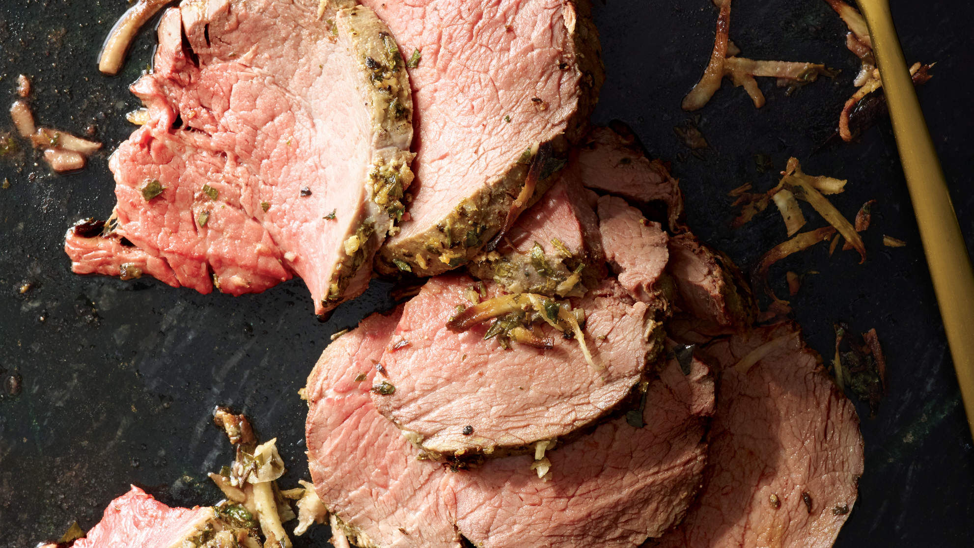 horseradish-herb-crusted-beef-tenderloin-recipe