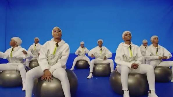 missy-elliott-video-exercise-balls