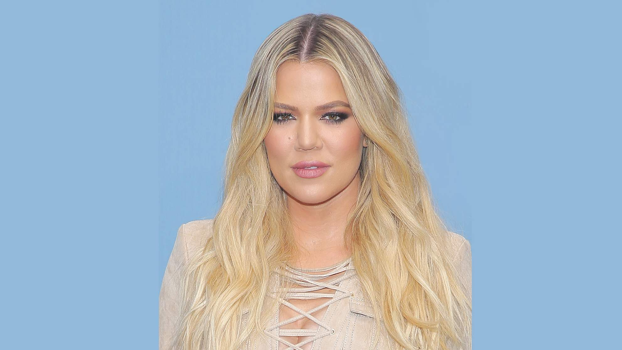 She's Due Next! Pregnant Khloé Kardashian Shares New 29-Week Baby Bump Photo