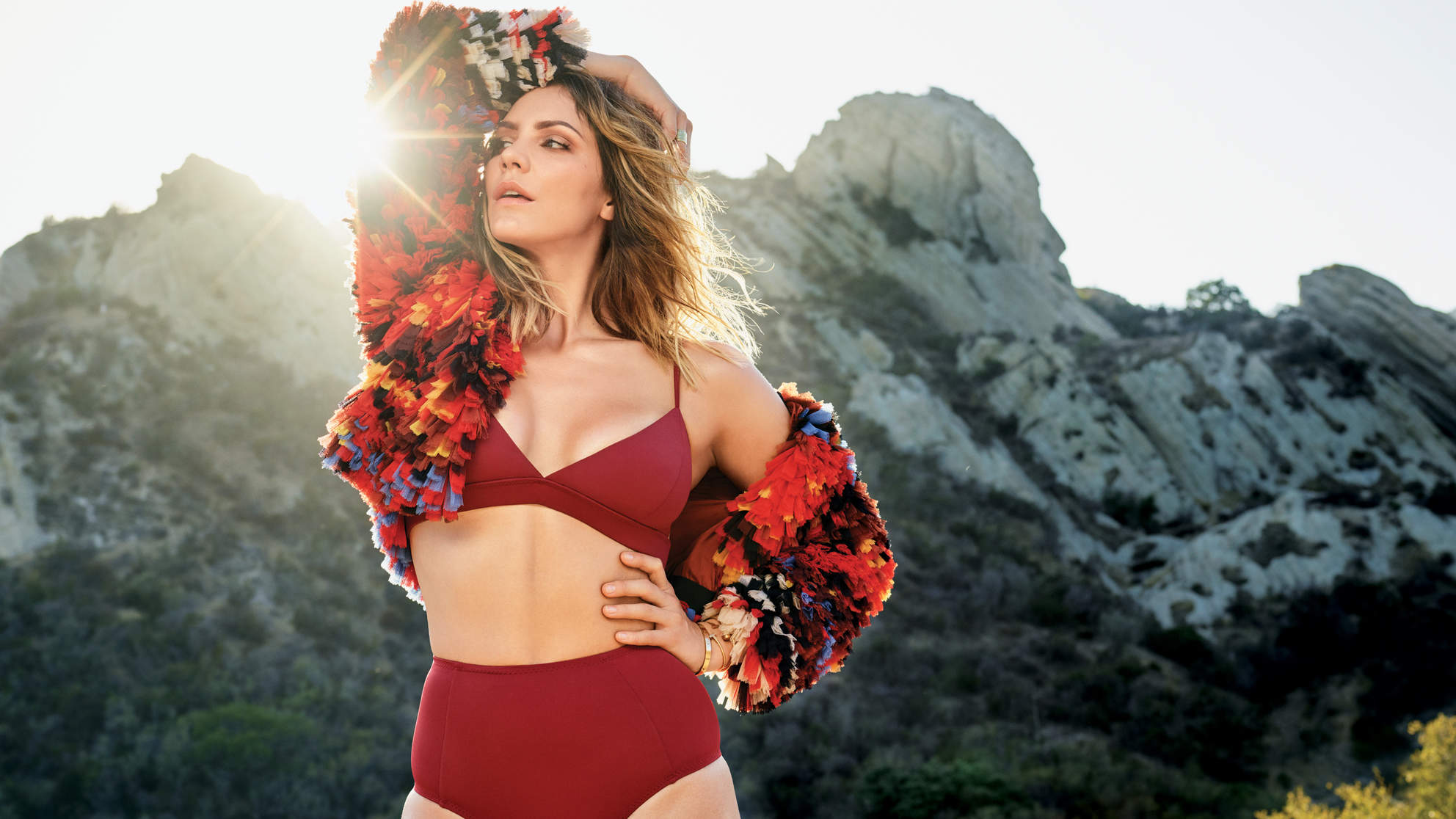 katharine-mcphee-december-arm-up
