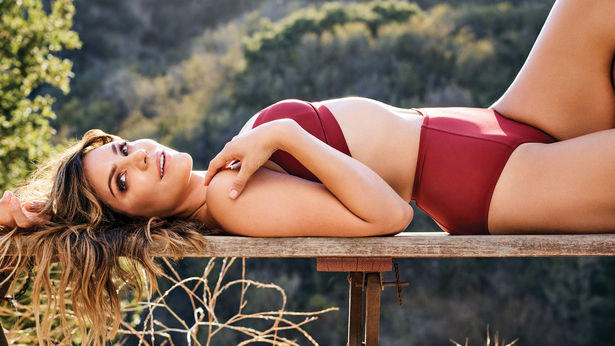 katharine-mcphee-december-recline-bench