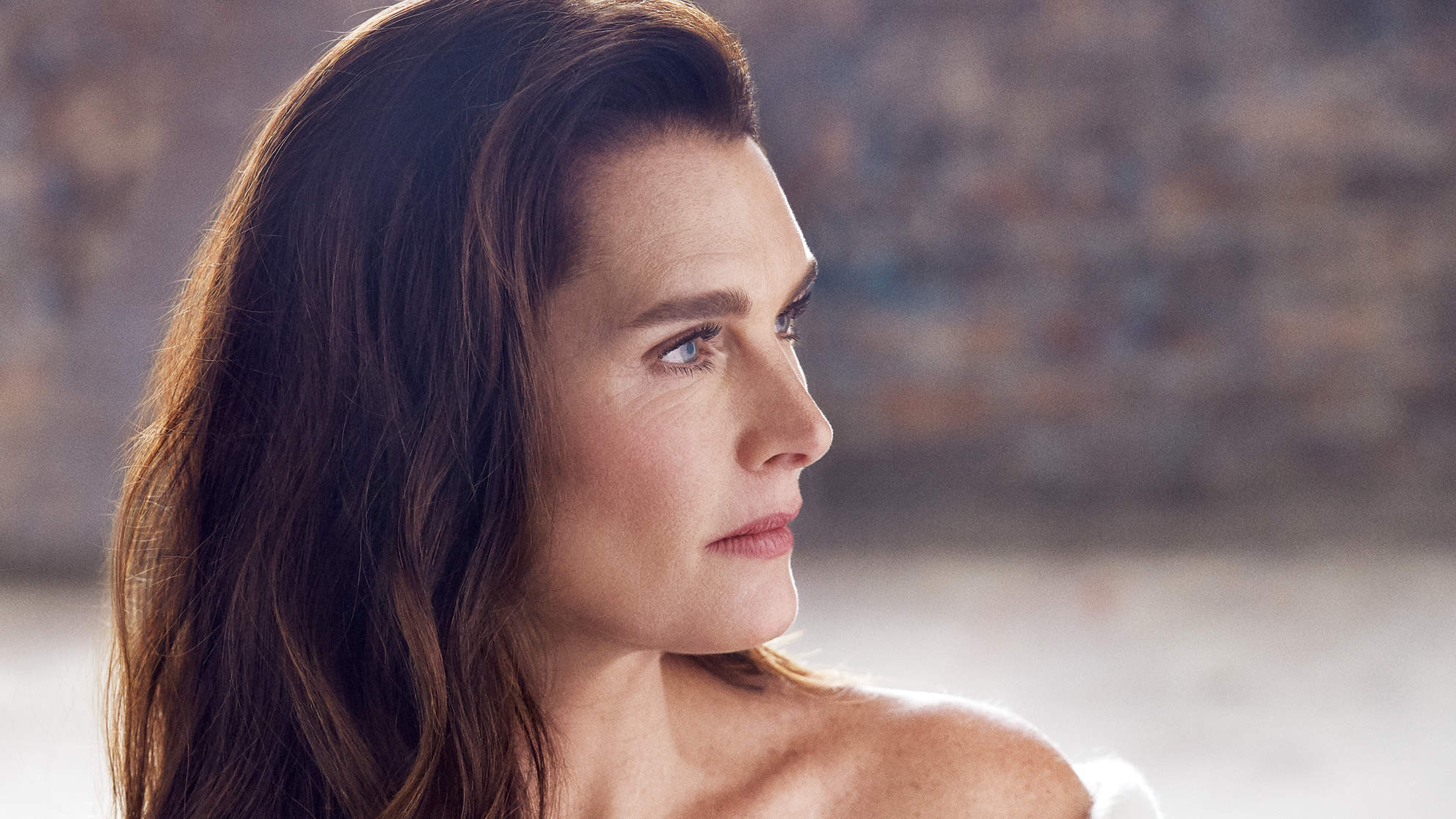 brooke-shields-december-robe