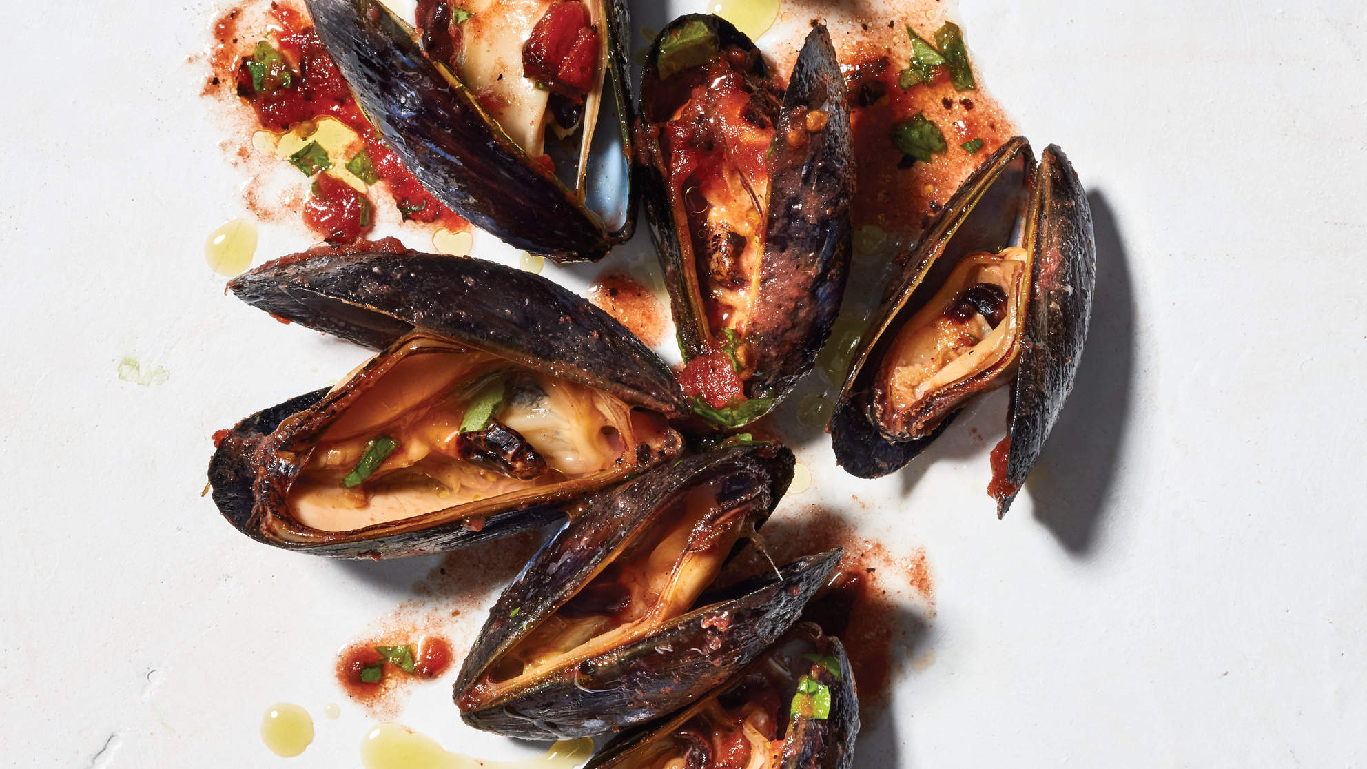 recipes for deto deliciously mussels with spicy tomatos