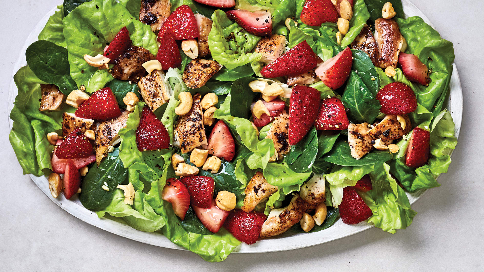 chicken-spinach-strawberry-salad-wow