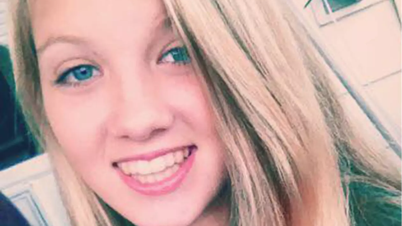 16-Year-Old Girl Dies From Toxic Shock Syndrome Related to Tampon Use
