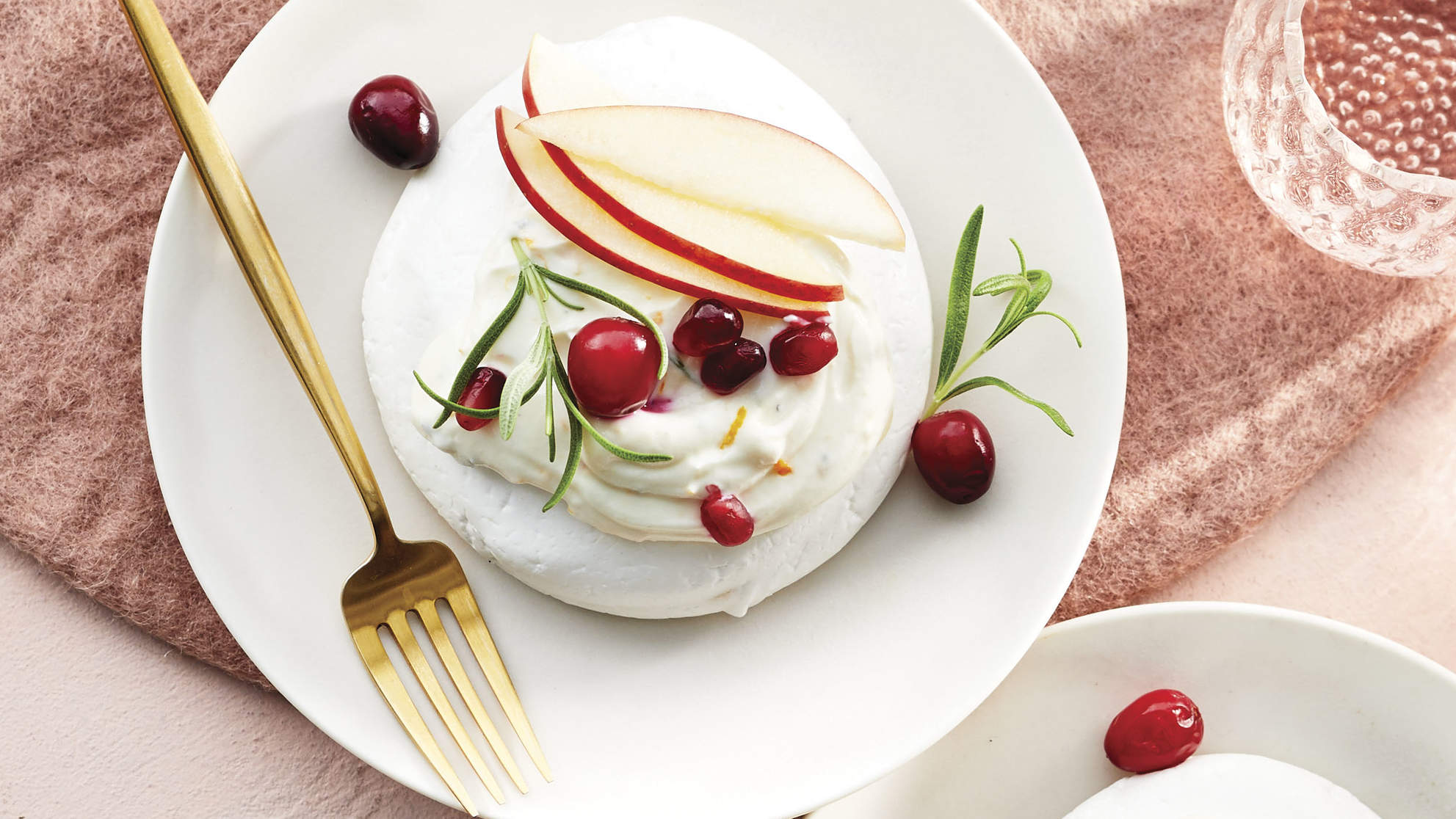 Winter Fruit Pavlovas