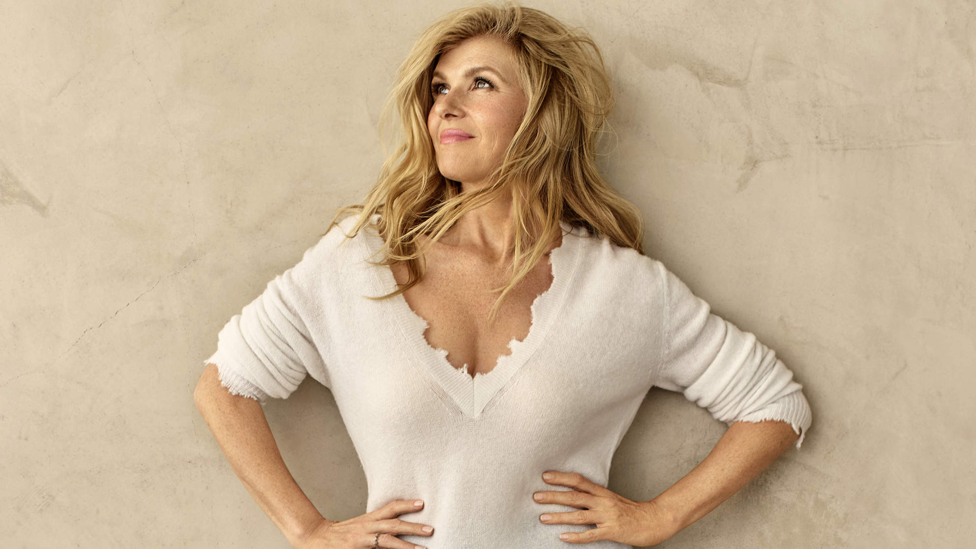 connie-britton-sweater