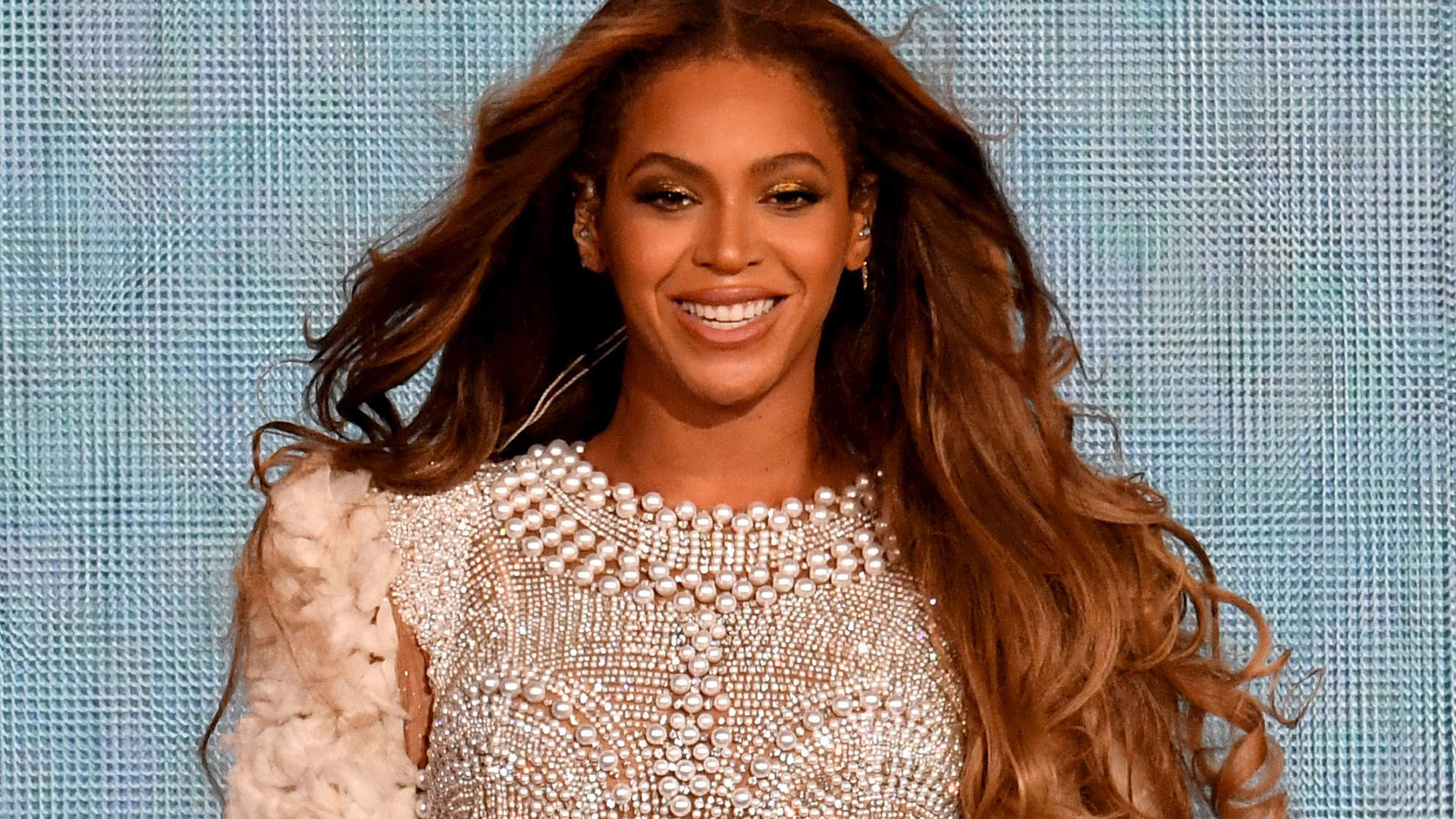 Beyoncé Shows Off Her Real Hair as Her Mother Tina Knowles Praises Her for Being 'Au Naturale'