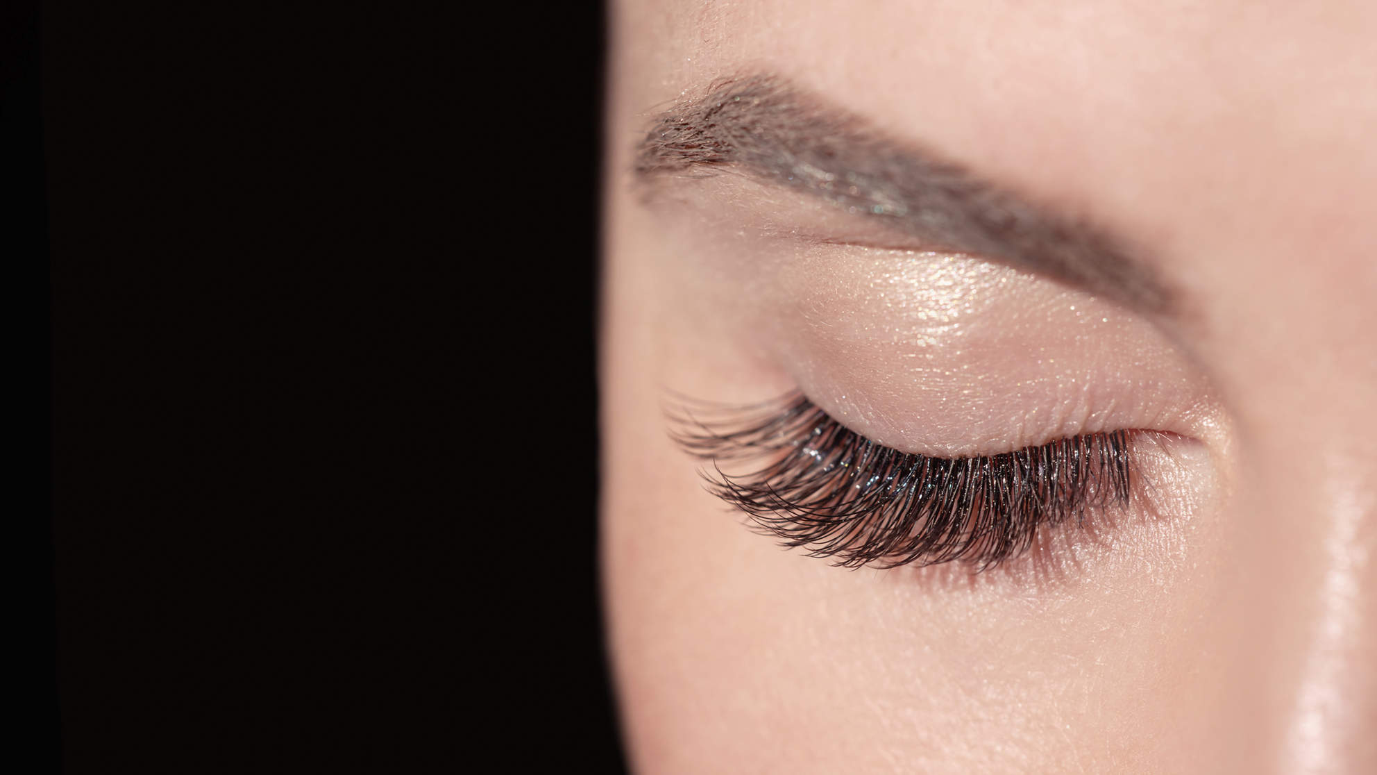 The Lash Serum Your Facebook Friends Are Selling Is Actually Legit