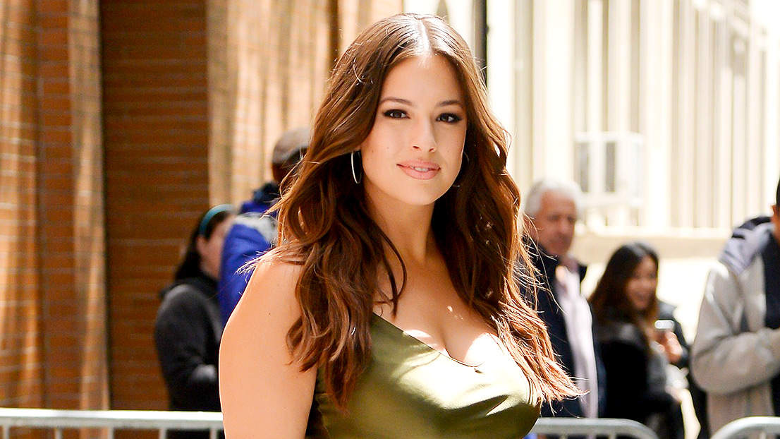 Ashley Graham Opens Up About Confidence: 'There Are Some Days I Feel Fat'
