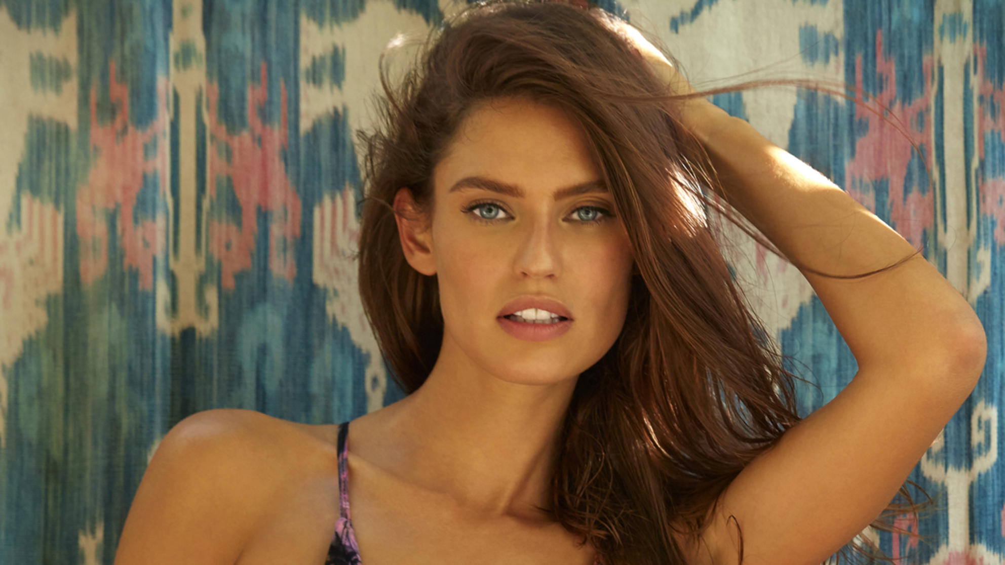 Sports Illustrated Swim Model Bianca Balti on Losing 50 Lbs. After Baby: 'Realistically It Takes About a Year'