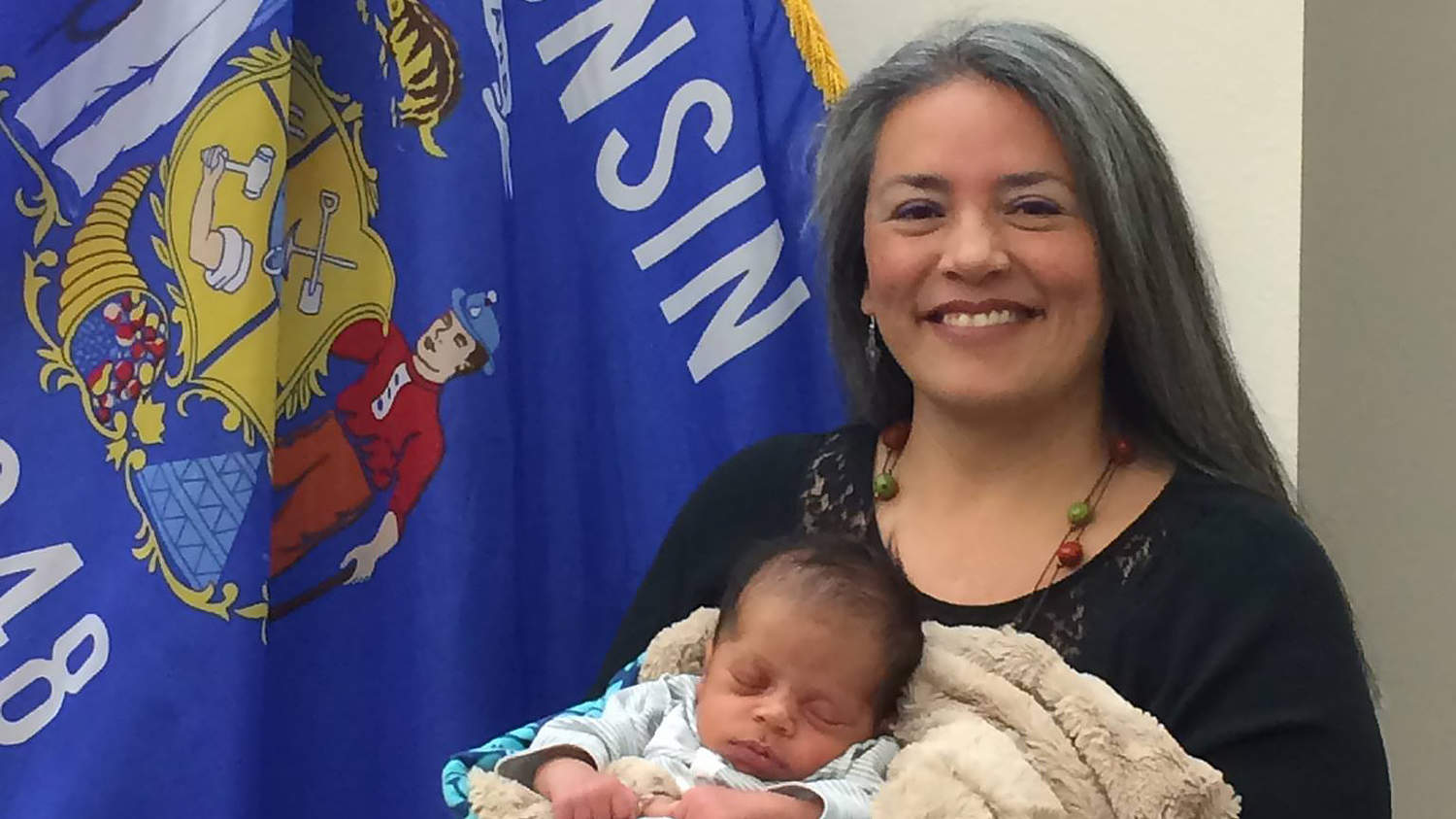 Wisconsin Councilwoman Banned from Breastfeeding During Sessions: 'I Need to Take Care of My Baby'