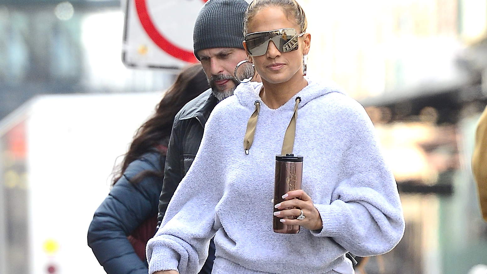Jennifer Lopez Just Wore the Most Comfortable Gray Sweatsuit on the Planet