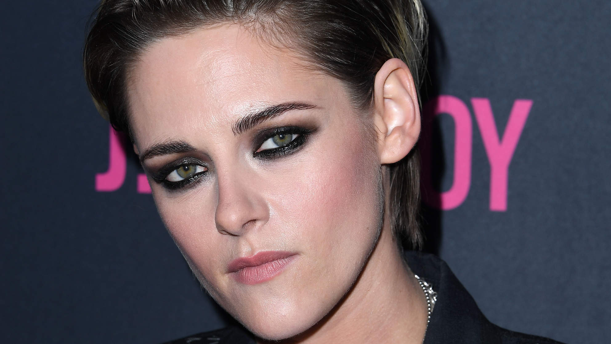 Kristen Stewart's New Haircut Shouldn't Work, But It Totally Does