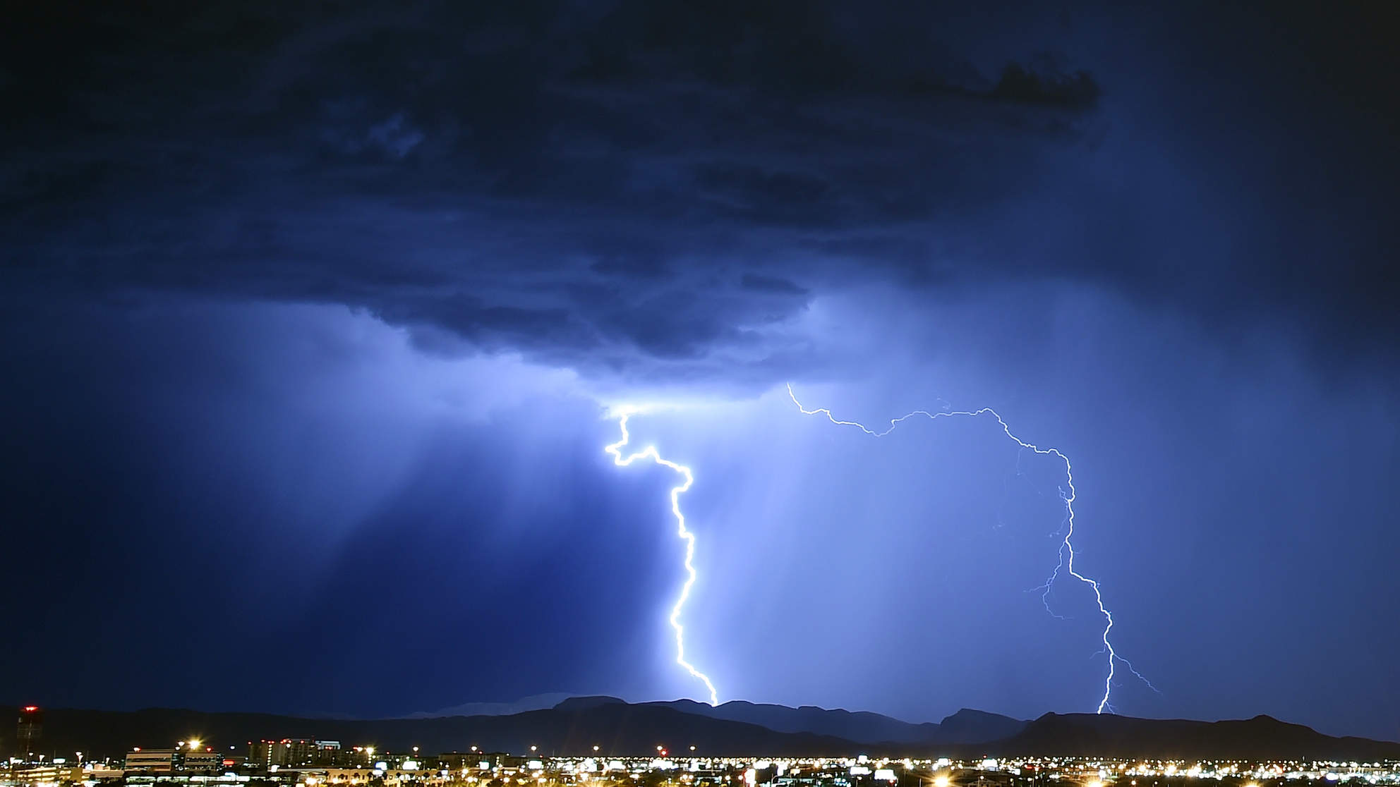 A 66-Year-Old Woman's Brain Implant Was Shut Off By a Lightning Strike