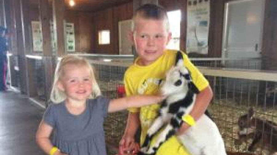 Minnesota 5-Year-Old Fighting Same Strain of E. Coli That Killed His Sister: 'Please Pray for My Baby Boy,' Says Mom